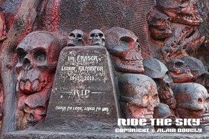 détail du mémorial dédié à Lemmy.