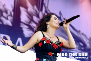 18 within temptation HF 2016 01 rts