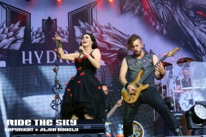 18 within temptation HF 2016 03 rts