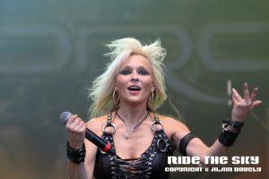 doro-hellfest-2011-rts02