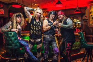 steel-panther-03